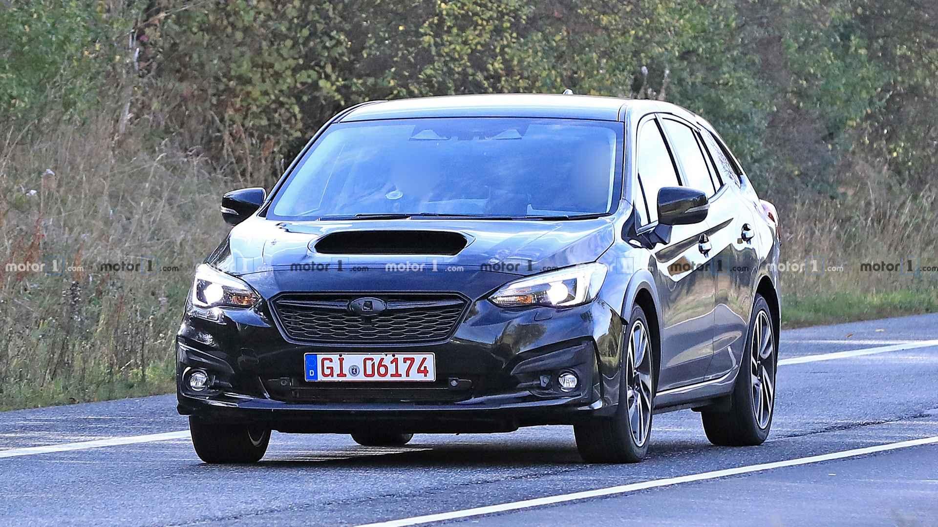 Новый Subaru Levorg впервые замечен на тестах
