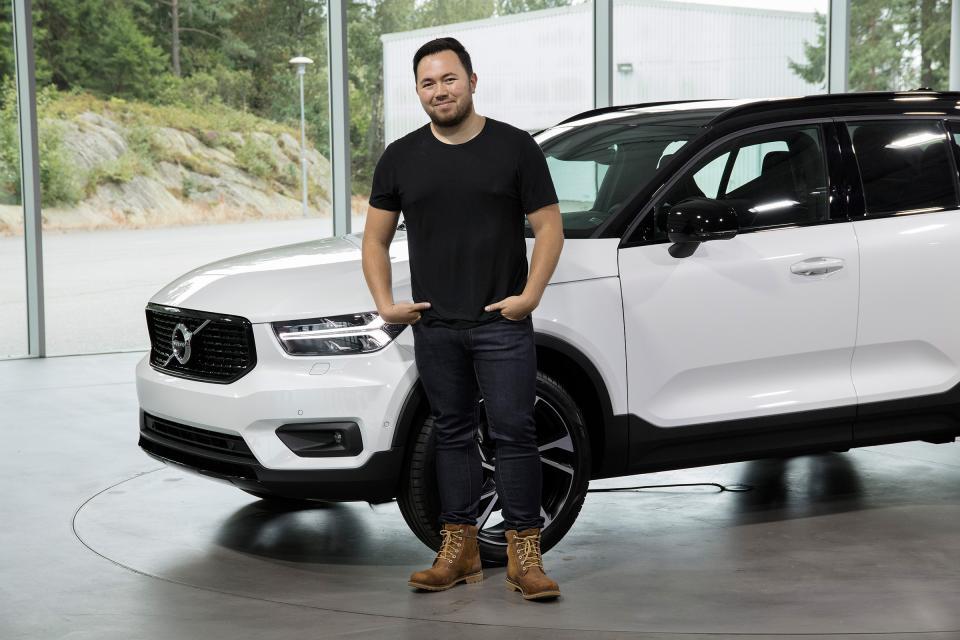 Tesla наняла дизайнера, работавшего над Volvo XC40