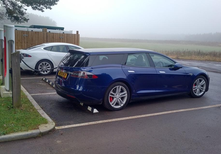 Британцы сделали из Tesla Model S P90D универсал