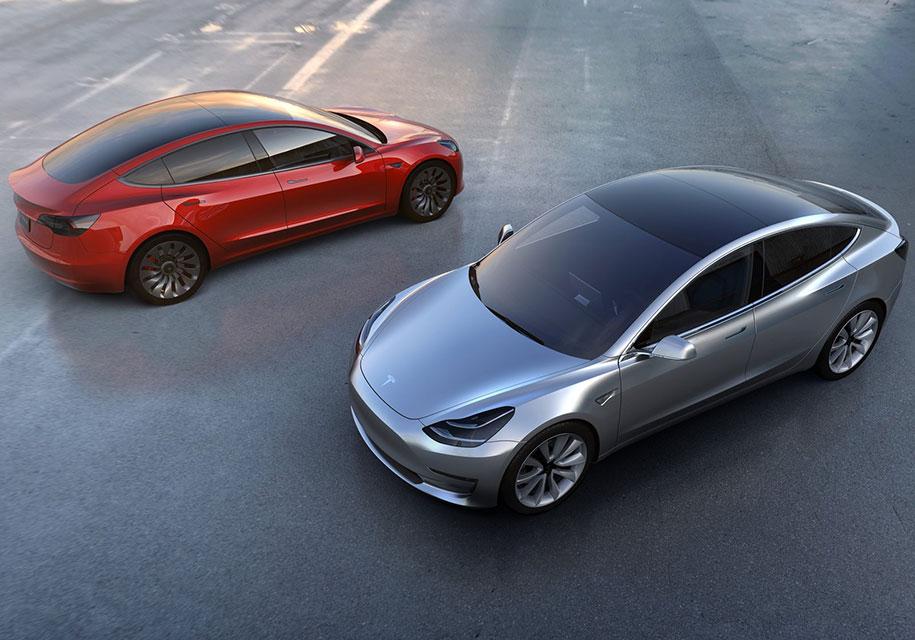 Tesla Model 3 с двумя электромоторами встанет на конвейер летом