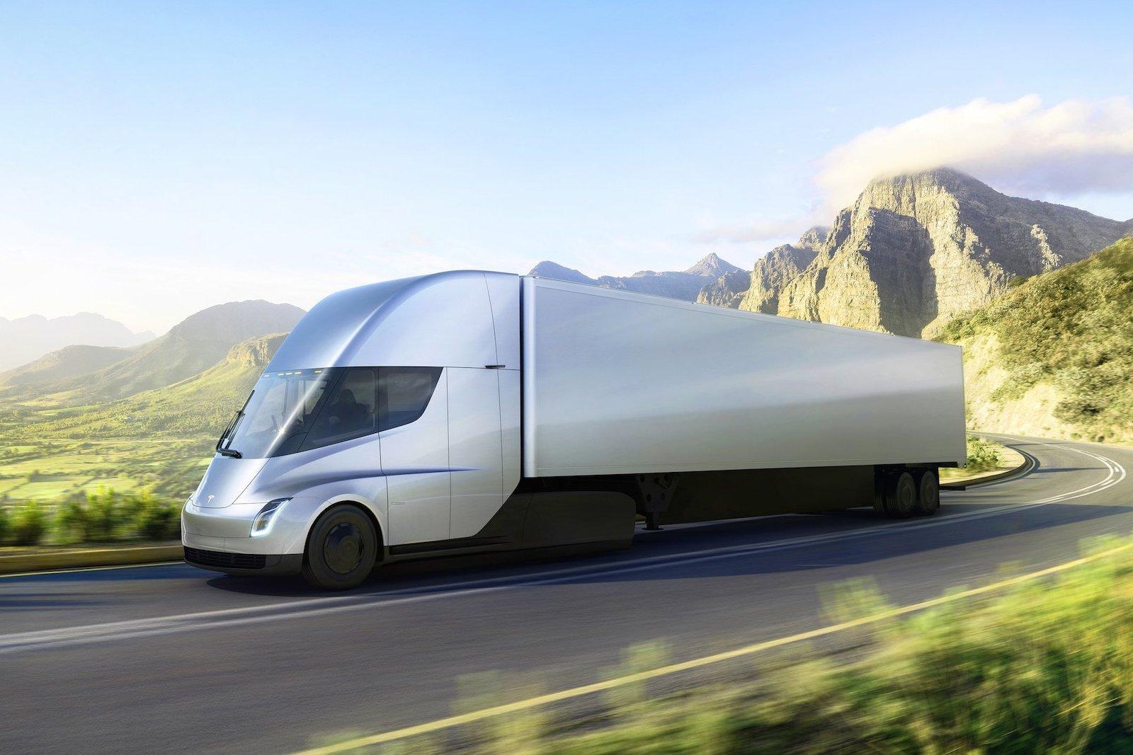 Дальнобойщики неинтересует мощность Tesla Semi— специалисты
