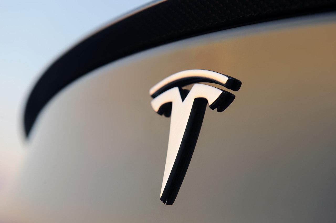 Tesla Model Y встанет на конвейер осенью 2019 года