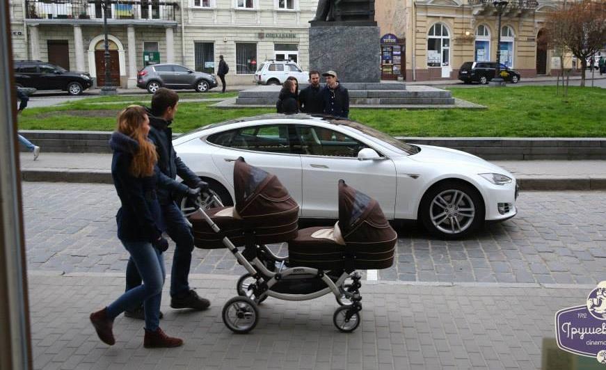 В Украине появился дилер Tesla, завтра презентация для Киева