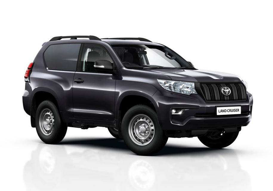 Внедорожник Toyota Land Cruiser Prado превратили в фургон