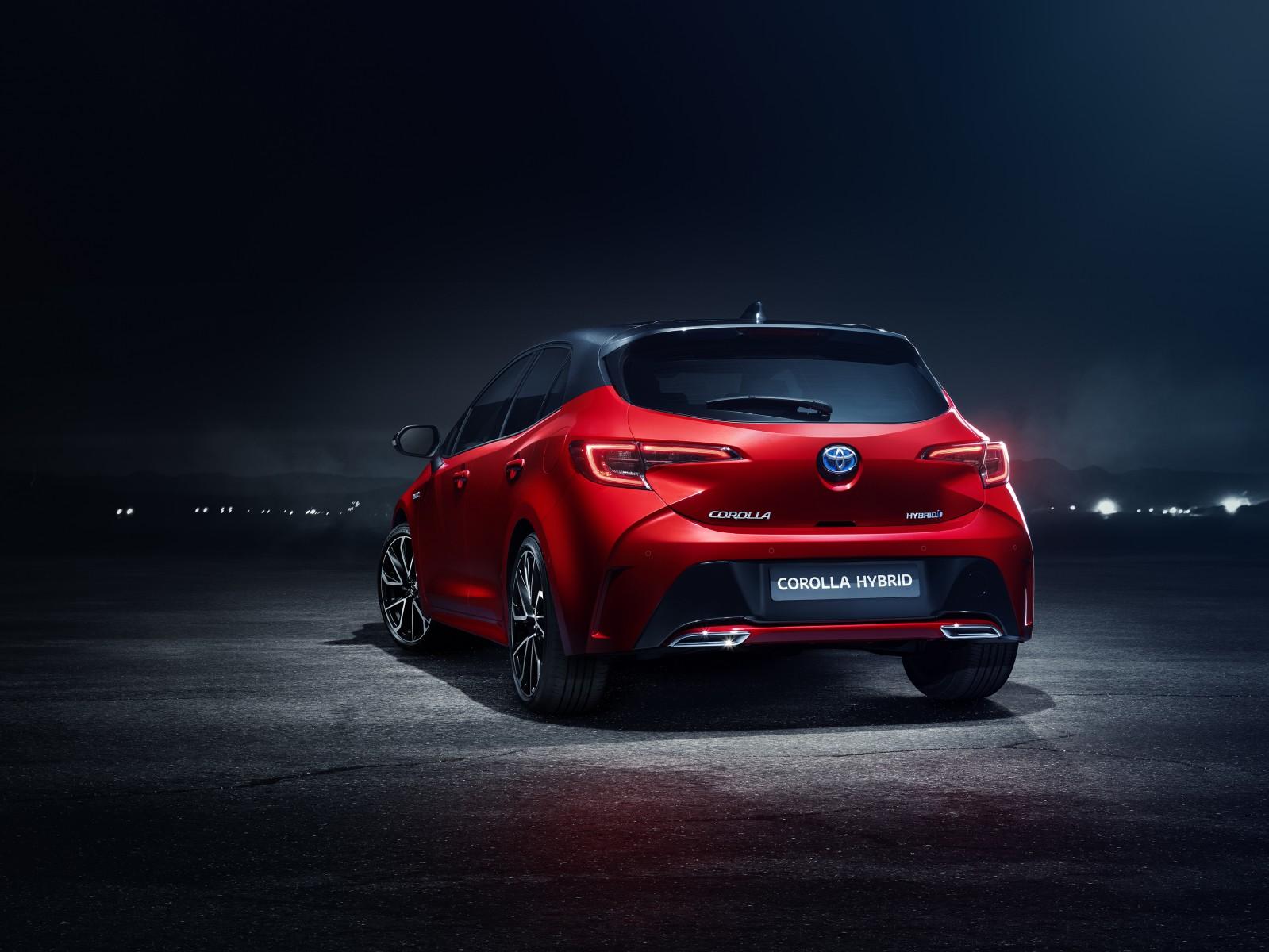 Toyota отказалась от имени Auris
