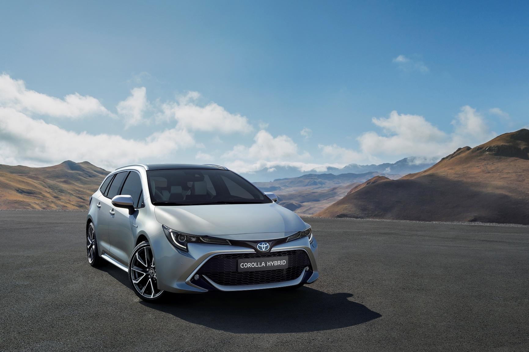 Toyota Corolla стала универсалом c гибридной силовой установкой