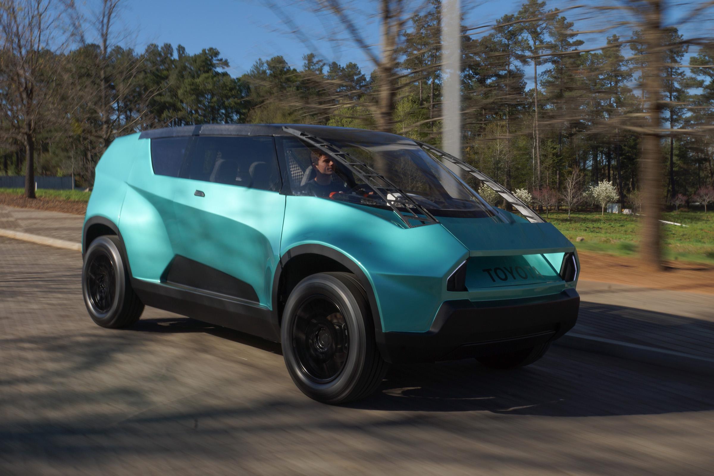 Студенты помогли Toyota сделать «коробочный» автомобиль