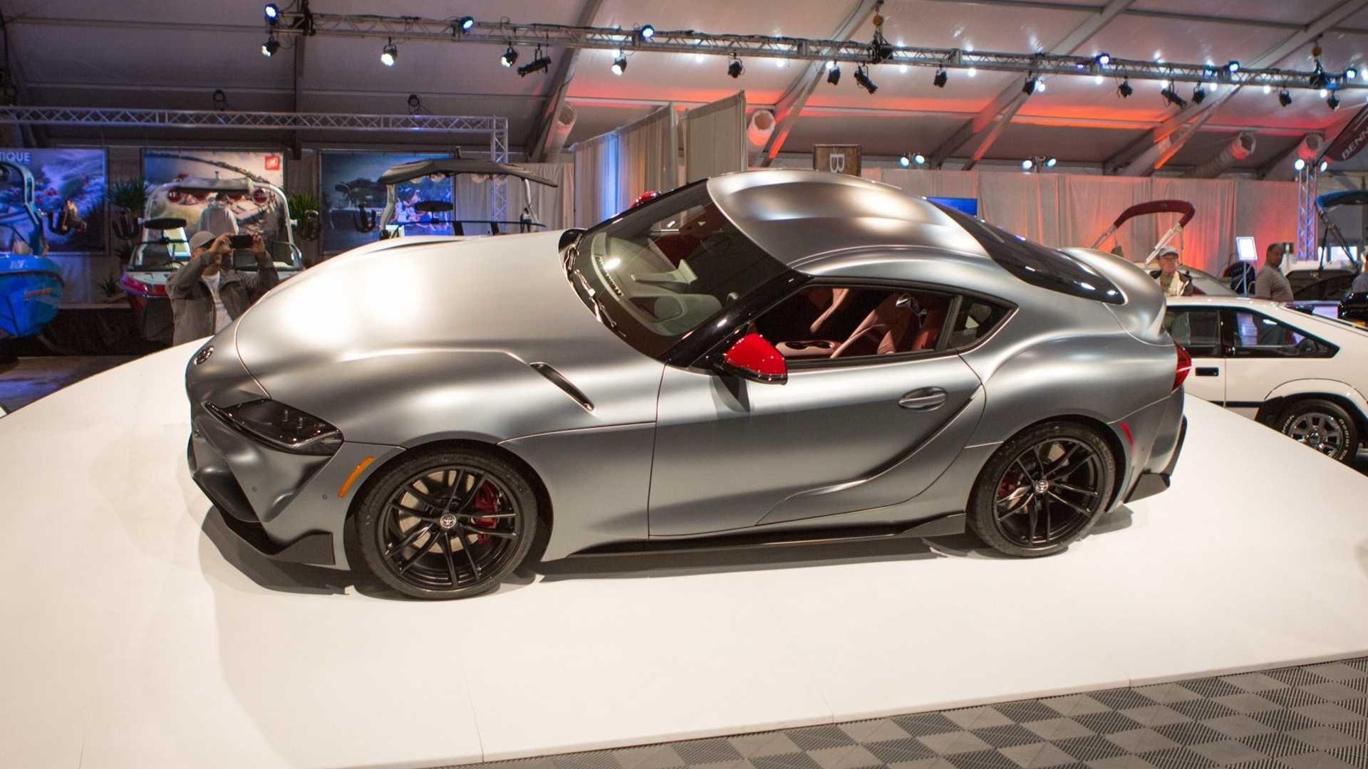Toyota продала на аукционе первый экземпляр новой Supra