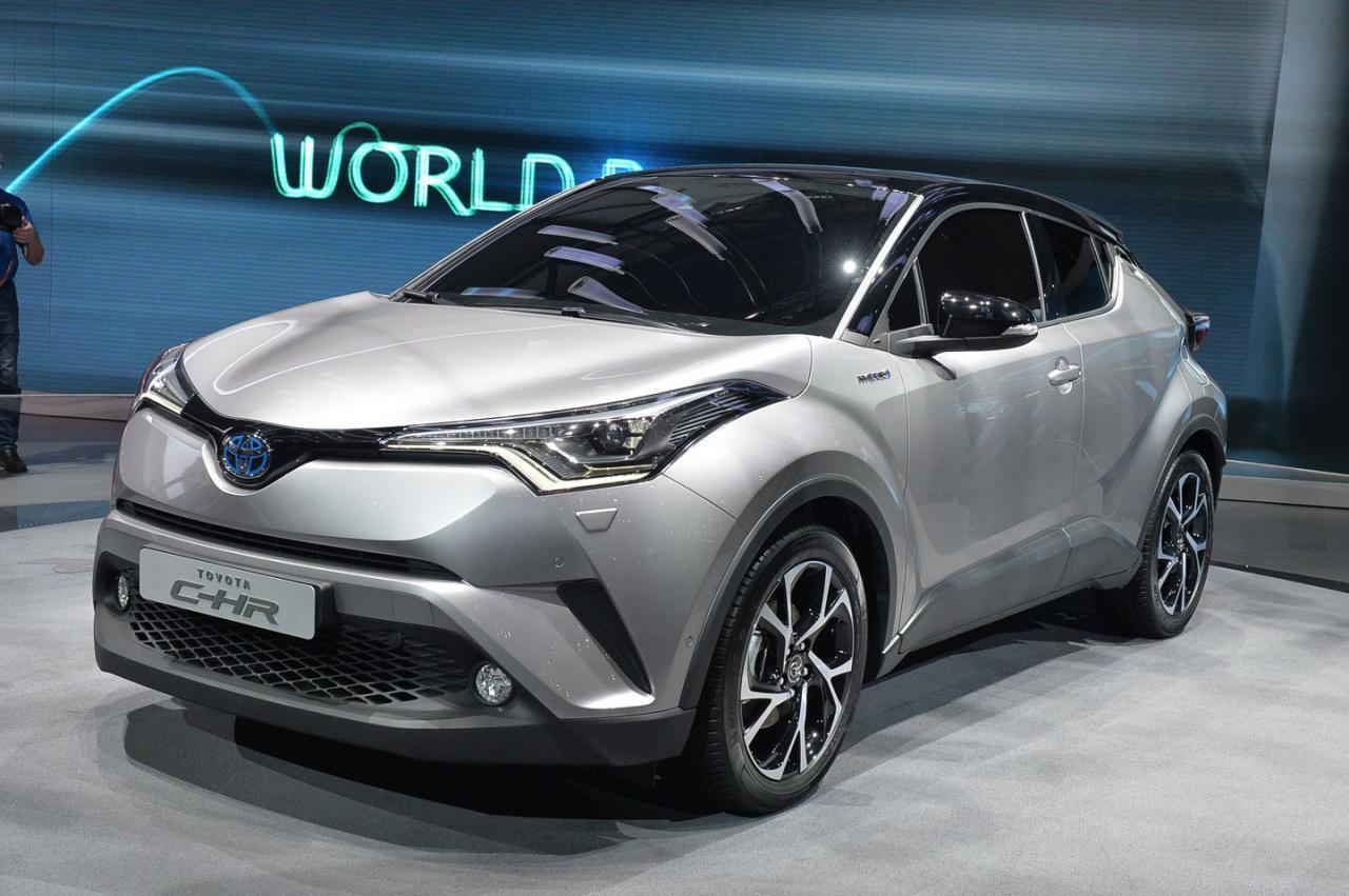 Серийный Toyota C-HR унаследовал гены «Приуса»