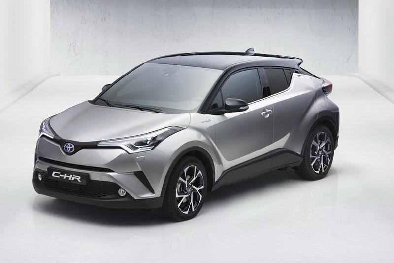 Первые фотографии нового кроссовера Toyota C-HR