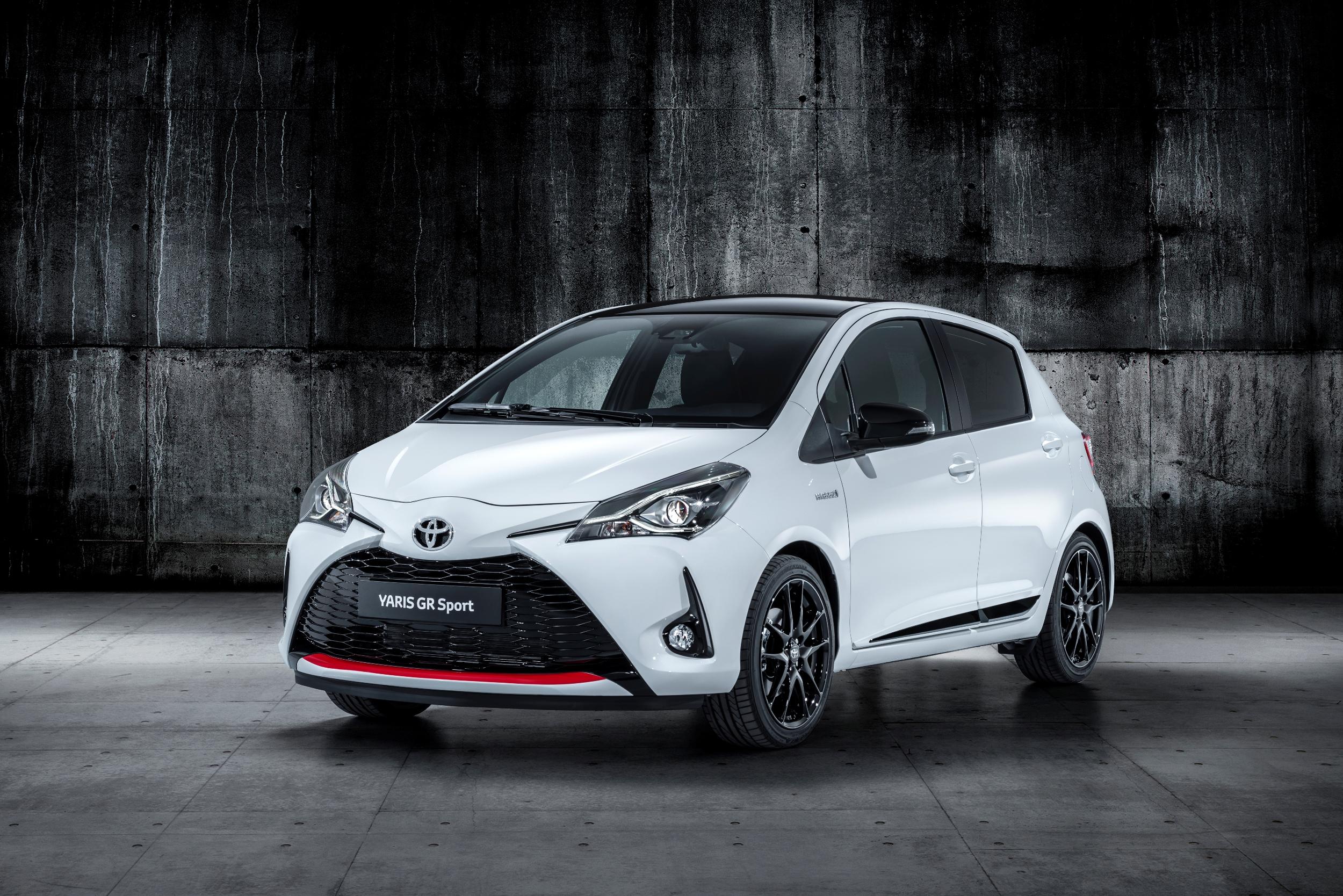 У хэтчбека Toyota Yaris появятся две новые версии