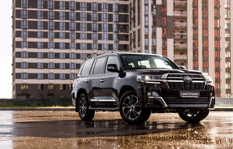 Der aktualisierte Toyota Land Cruiser erreicht die Ukraine