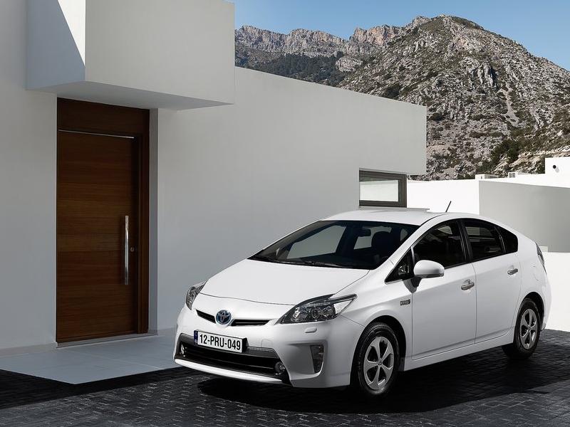 Автомобили Toyota смогут общаться с бытовой техникой