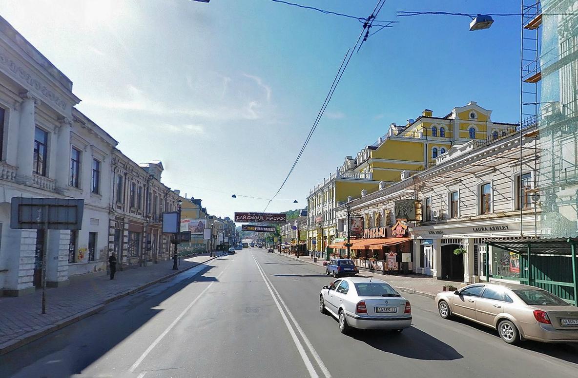 Улицу Сагайдачного в Киеве хотят сделать частично-пешеходной