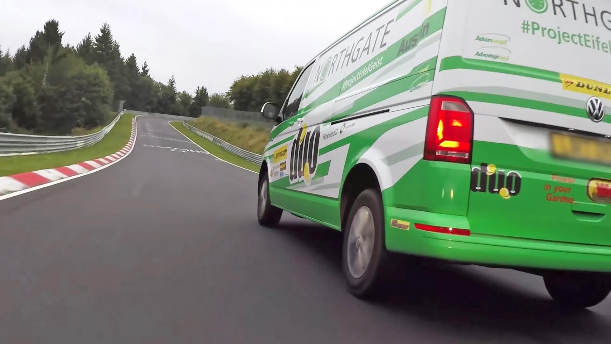 Volkswagen Transporter стал рекордсменом Нюрбургринга